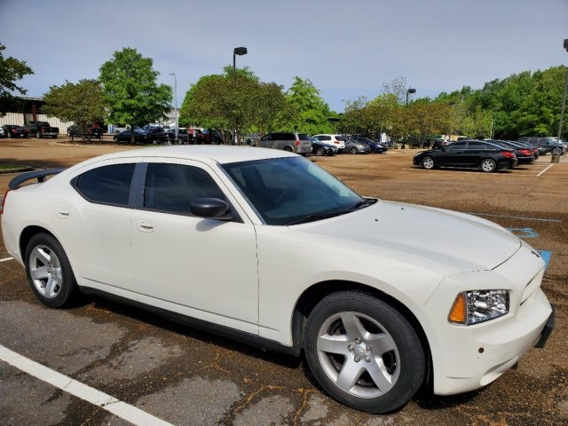 Pre-Owned 2009 Dodge Charger SE