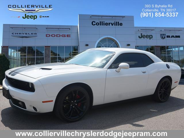 Certified Pre-Owned 2016 Dodge Challenger 2DR CPE SXT