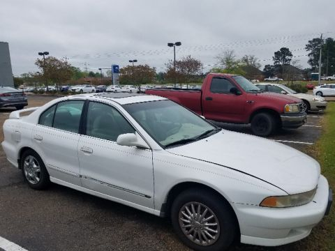 Pre-Owned 2000 Mitsubishi Galant ES